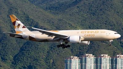 A picture of A6DDE - Boeing 777FFX - Etihad Airways - © Alvin.L