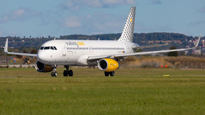 A picture of ECMVD - Airbus A320232 - Vueling - © Bianca Renz