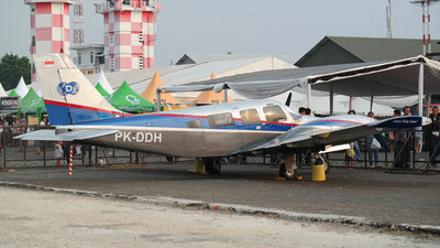 PK-DDH - Piper PA-34-220 Seneca III - Private