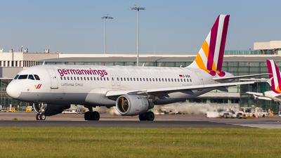 D-AIQK - Airbus A320-211 - Eurowings