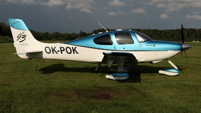 OK-POK - Cirrus SR22-GTSx G3 Turbo - Private