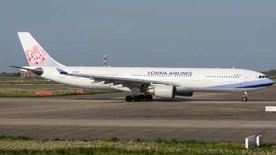 B-18303 - Airbus A330-302 - China Airlines