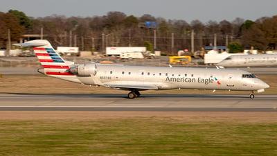 A picture of N507AE - Mitsubishi CRJ701ER - American Airlines - © Yan777