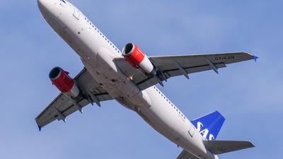 A picture of OYKAN - Airbus A320232 - SAS - © Alan P Cookson