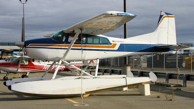 A picture of N66691 - Cessna 180K Skywagon - [18052954] - © C. v. Grinsven