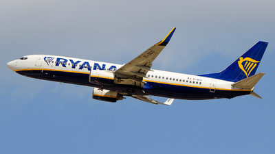 A picture of EIDCO - Boeing 7378AS - Ryanair - © Pampillonia Francesco - Plane Spotters Bari