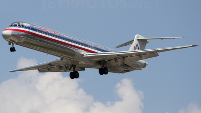 N7544A - McDonnell Douglas MD-82 - American Airlines