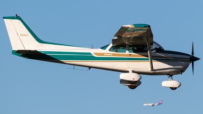 A picture of N44LK - Cessna 172N Skyhawk - [17273400] - © Alex Crail