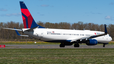 A picture of N902DN - Boeing 737932(ER) - Delta Air Lines - © Nick Sheeder