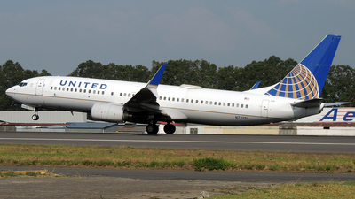 A picture of N73251 - Boeing 737824 - United Airlines - © Julio Letona