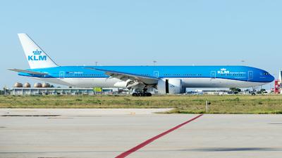 PH-BVV - Boeing 777-306ER - KLM Royal Dutch Airlines