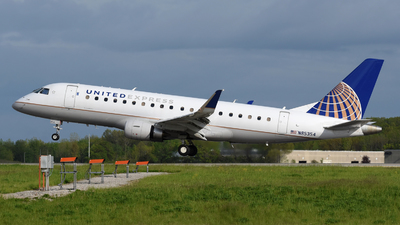A picture of N85354 - Embraer E175LR - United Airlines - © DJ Reed - OPShots Photo Team