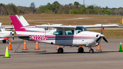 N2229S - Cessna 210L Centurion - Private