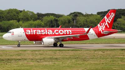 A picture of PKAZF - Airbus A320216 - AirAsia - © Herison Riwu Kore