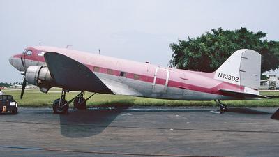 N123DZ - Douglas DC-3C - Florida Air Cargo