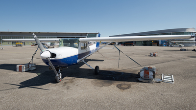 D-EABZ - Cessna 152 - FFH Flight Training