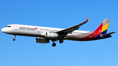 HL8059 - Airbus A321-231 - Asiana Airlines