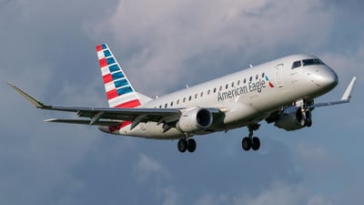 A picture of N427YX - Embraer E175LR - American Airlines - © Positive Rate Photography
