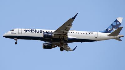 A picture of N192JB - Embraer E190AR - JetBlue Airways - © Art Brett