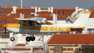 G-CEYG - Cessna 152 II - Private