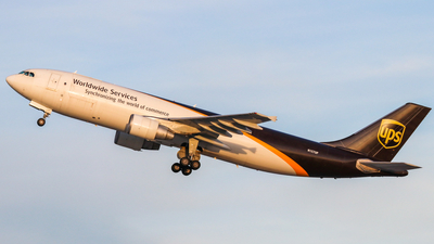 N157UP - Airbus A300F4-622R - United Parcel Service (UPS)