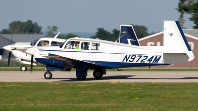 N9724M - Mooney M20F - Private