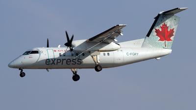 A picture of CFGRY - De Havilland Canada Dash 8100 - Voyageur Airways - © Jeremy D. Dando