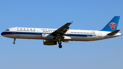 B-6581 - Airbus A321-231 - China Southern Airlines