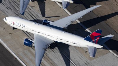 A picture of N702DN - Boeing 777232(LR) - [29741] - © David Lee