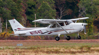 A picture of N1154G - Cessna 172S Skyhawk SP - [172S10126] - © Warren Cullmer
