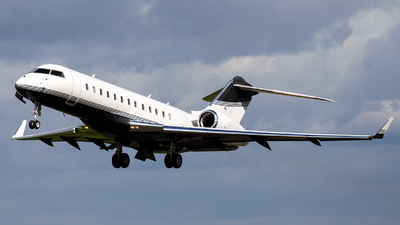G-GLOB - Bombardier BD-700-1A10 Global Express XRS - ExecuJet Aviation
