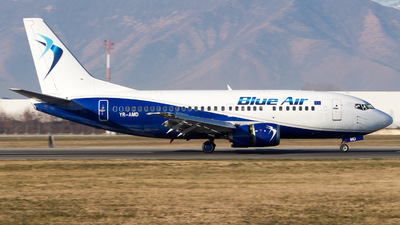 YR-AMD - Boeing 737-530 - Blue Air