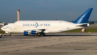 A picture of N718BA - Boeing 7474H6(LCF) Dreamlifter - Boeing - © Racso Smet (Oscar Luna)