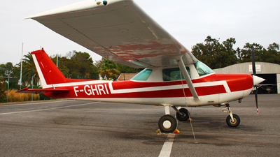 F-GHRI - Cessna 152 - Private