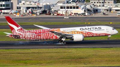 A picture of VHZND - Boeing 7879 Dreamliner - Qantas - © TommyNG