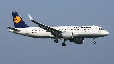 D-AIZY - Airbus A320-214 - Lufthansa