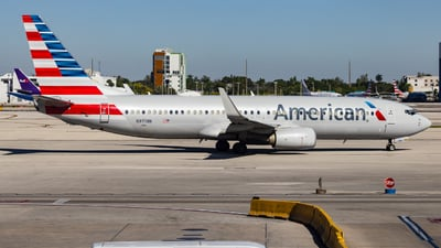 A picture of N971NN - Boeing 737823 - American Airlines - © John Marzo