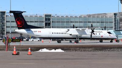 A picture of CGGFP - De Havilland Canada Dash 8400 - Air Canada - © Guy Langlois