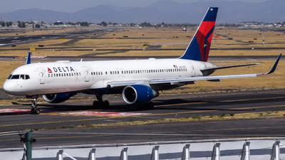 A picture of N6705Y - Boeing 757232 - Delta Air Lines - © Francisco Enrique Islas Bautista