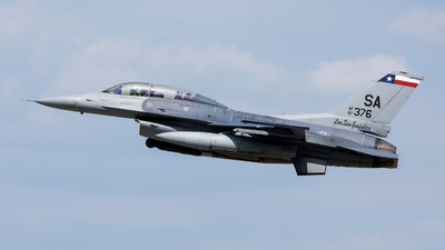 87-0376 - General Dynamics F-16D Fighting Falcon - United States - US Air Force (USAF)