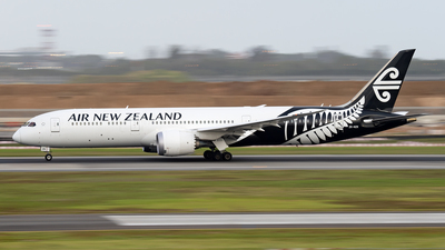ZK-NZK - Boeing 787-9 Dreamliner - Air New Zealand