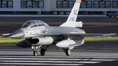 J-067 - General Dynamics F-16BM Fighting Falcon - Netherlands - Royal Air Force