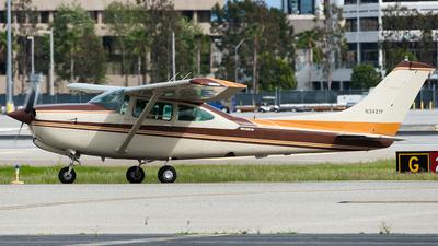 N3421Y - Cessna R182 Skylane RG - Private