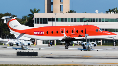 N195AW - Beech 1900D - CSI Aviation