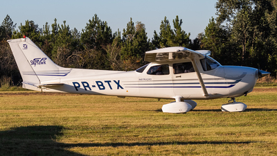 PR-BTX - Cessna 172S Skyhawk SP - Aero Club - Montenegro
