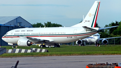 TP-02 - Boeing 737-33A - Mexico - Air Force