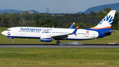 A picture of TCSEZ - Boeing 7378HC - SunExpress - © Chris Jilli