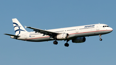 A picture of SXDGT - Airbus A321231 - Aegean Airlines - © Julian Azeroth