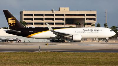 N348UP - Boeing 767-34AF(ER) - United Parcel Service (UPS)