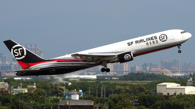 B-6996 - Boeing 767-338(ER)(BCF) - SF Airlines